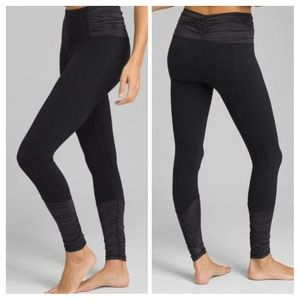 PrAna Black Selwyn 7/8 Ruched Yoga Legging Size L